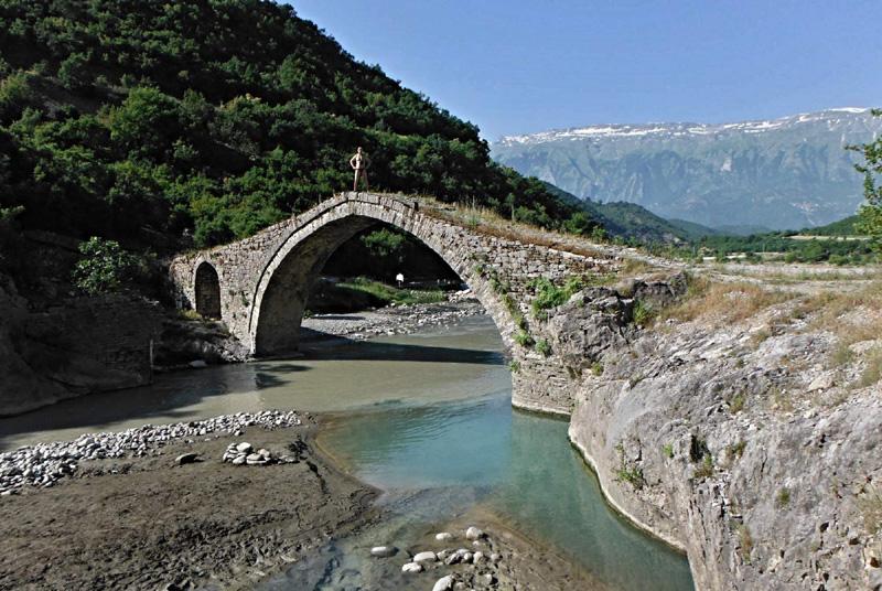 Já a most přes Lengatici